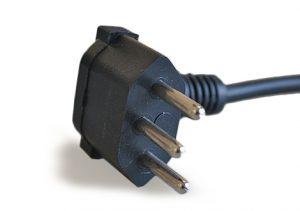 Plug Tripolar Macho 90